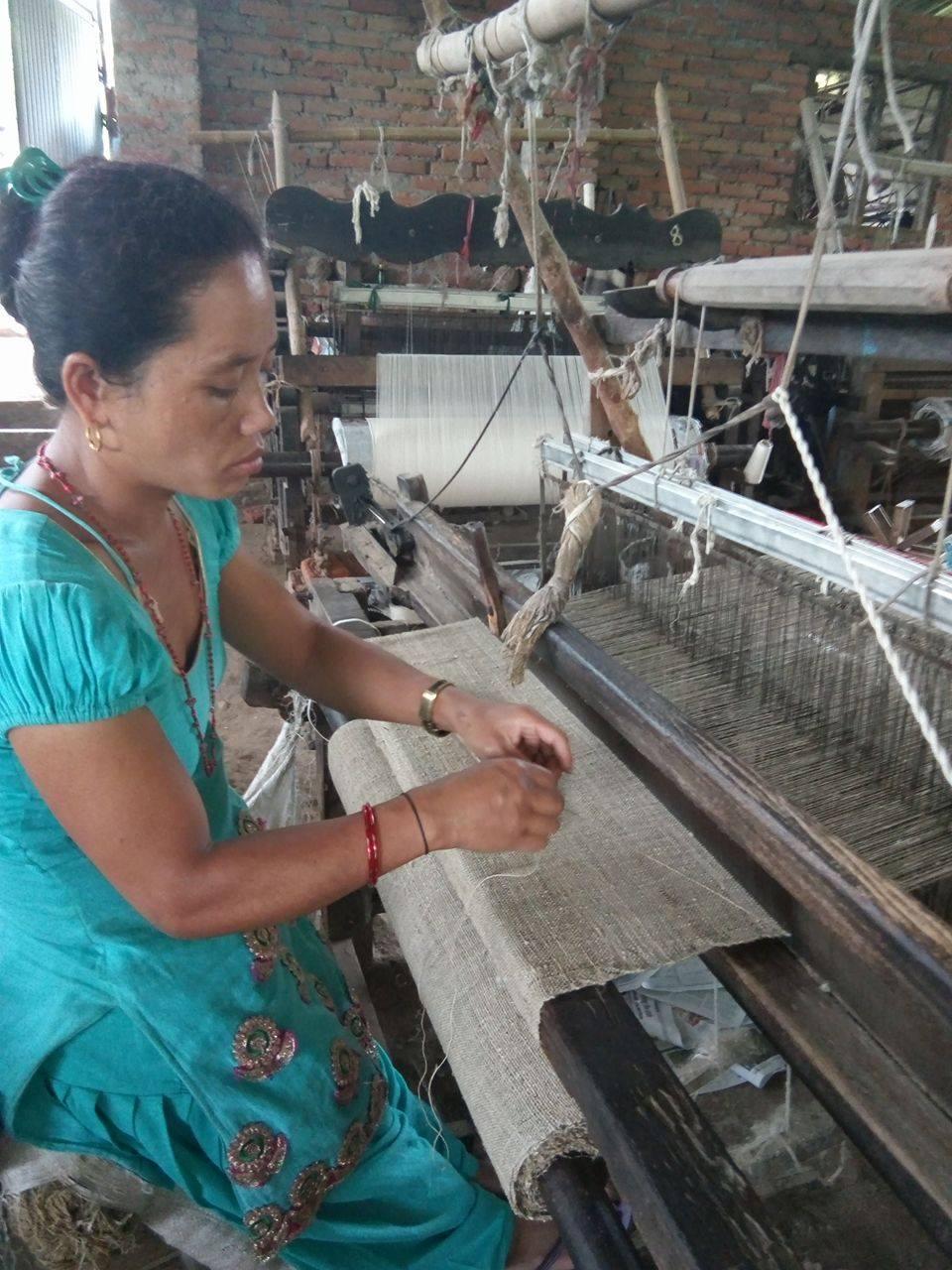 Handgefertigte Webstoffe aus Nepal